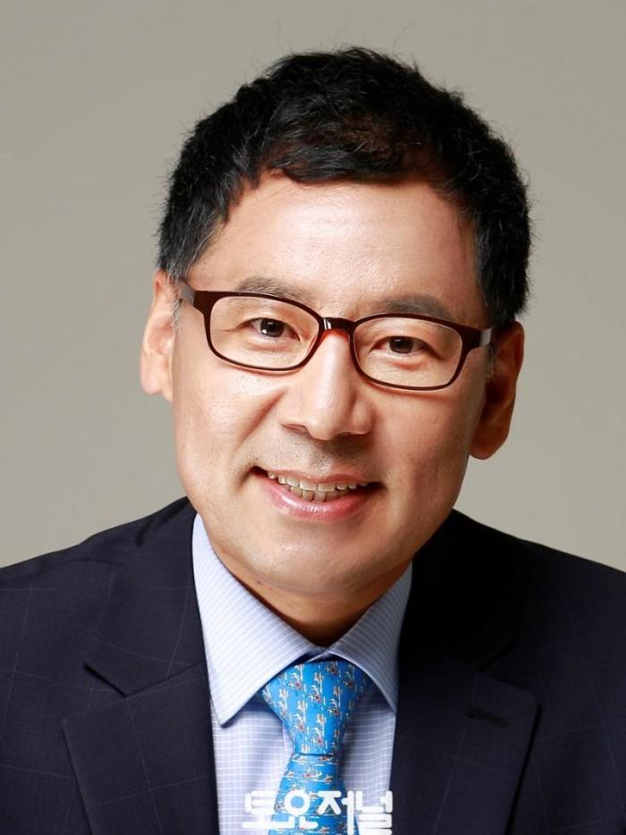 강감창의원프로필사진.jpg