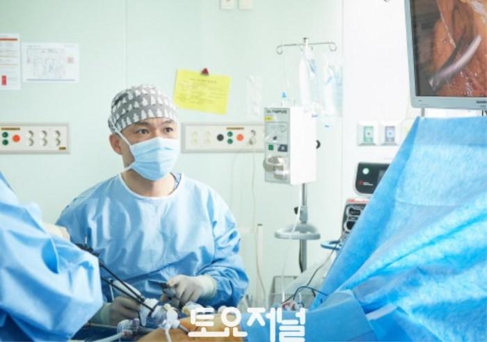 외과_최성일 교수_수술.jpg