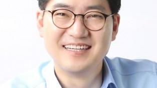 이정훈 강동구청장 프로필.jpg