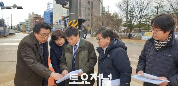 0131_방민수 강동구의원, 새해에도 암사동 발전위한 현장의정 활동.jpeg