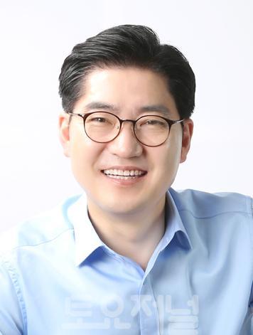 1 이정훈 강동구청장.jpg